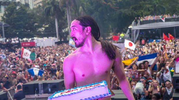 Steve Aoki at Ultra 2017