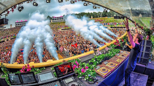 andrew rayel tomorrowland mainstage 2017