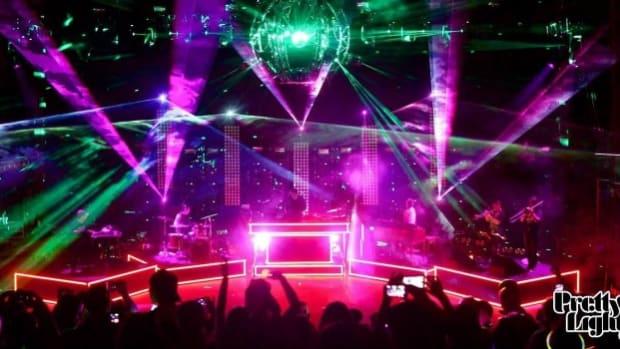 Pretty Lights performing