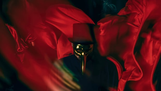 "Claptone ""In The Night"""