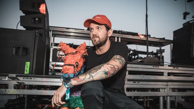 Dillon Francis With Pinata Named Gerald While Waiting Behind DJ Booth (HARD Summer Music Festival)