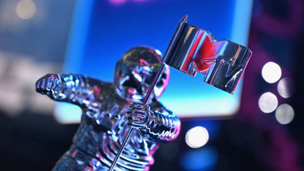 mtv_vmas_moonman