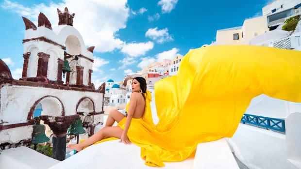 Mia Martina - Flowy Yellow Dress