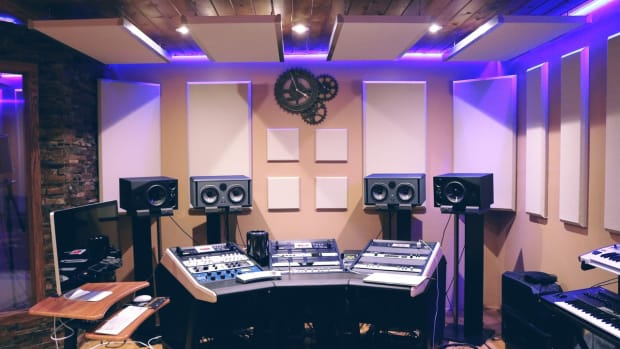 recording-studio-with-ultra-violet-florescent-164938