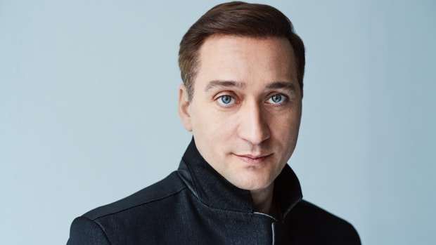 Paul van Dyk color headshot