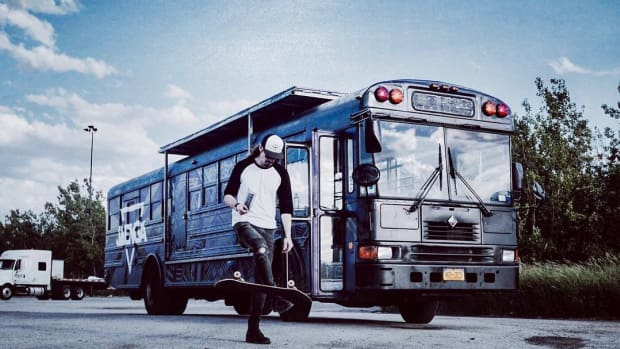 Skateboard_Bus