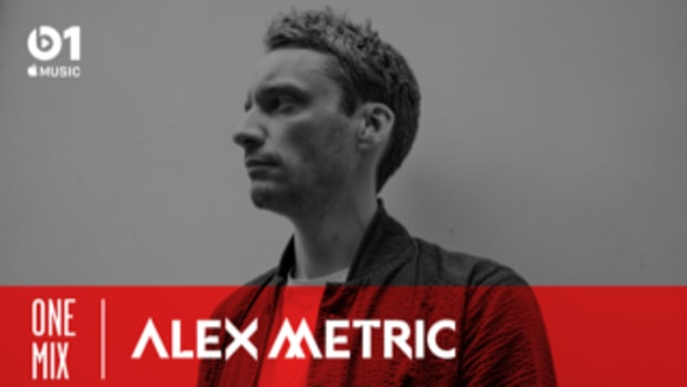 Alex Metric - One Mix