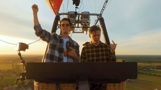 Mr. Belt & Wezol in a hot air balloon