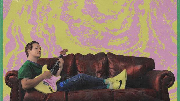 louis futon