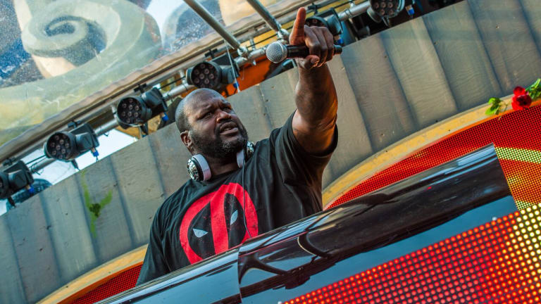 Shaq Honors the Late Kobe Bryant at His Fun House Event in Miami
