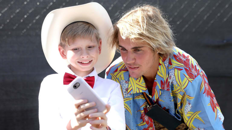 Justin Bieber & the Yodeling Kid is the Cutest Moment at Coachella
