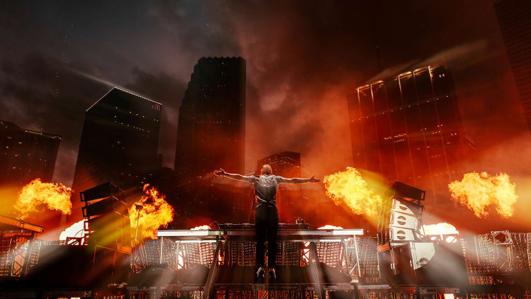 Armin van Buuren - Trance Legend [Interview]