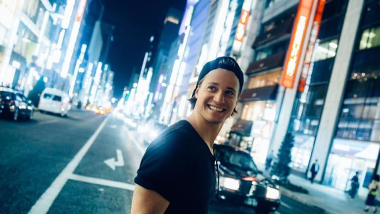 "Kygo and Chelsea Cutler Release Heartfelt Summer Anthem ""Not Ok"""