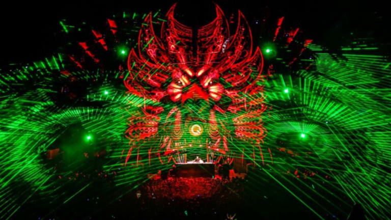 11 Of The Sickest Laser Projections EDM Has Ever Seen