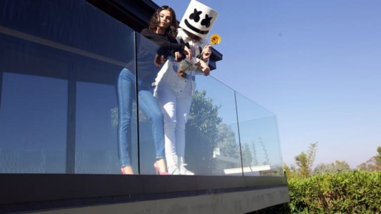 "FaceTime with Selena Gomez in Marshmello's Official Music Video for ""Wolves"" [WATCH]"