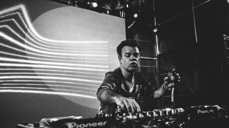 "Paul Oakenfold and Galestain Release ""Summer Nights"""