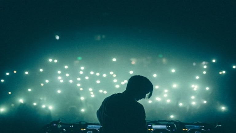 WHETHAN'S INFECTIOUS NEW SINGLE IS A SONG FOR THE SUMMER