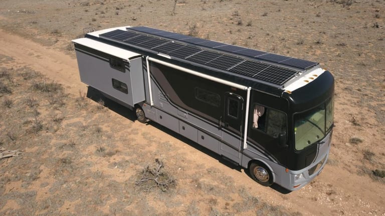 LAGOODVIBE: the First 100% Solar-Powered Recording Studio On Wheels