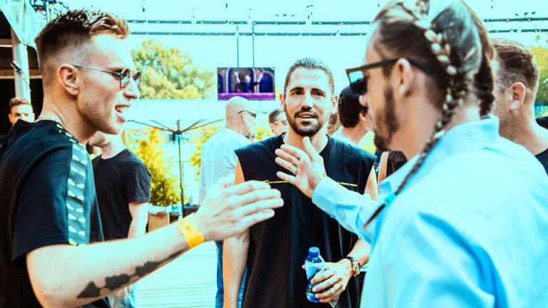 "Nicky Romero and Dimitri Vegas & Like Mike Drop Festival Banger ""Everybody Clap"""