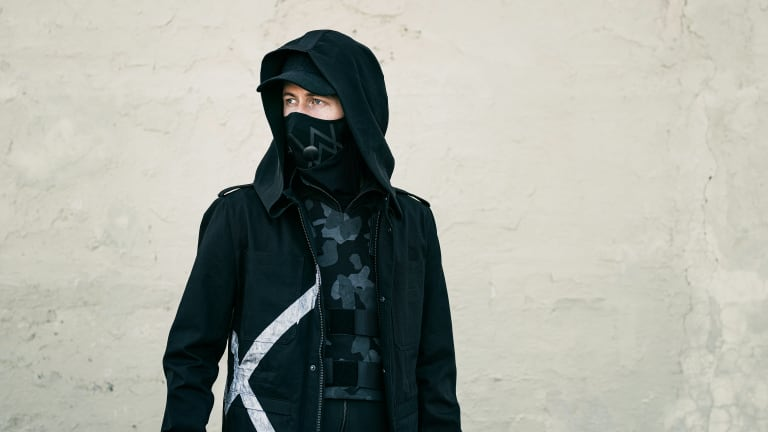"""Alan Walker, K-391, Tungevaag, and Mangoo Form an Unstoppable Team for """"Play"""" on Liquid State"""