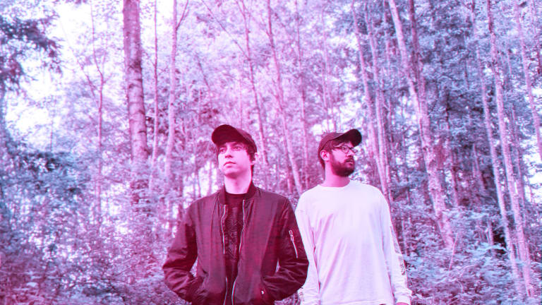 Solstis Wrap Indie and '90s Vibes Into Ethereal EP, As The Sun Hits (Vol. 1)