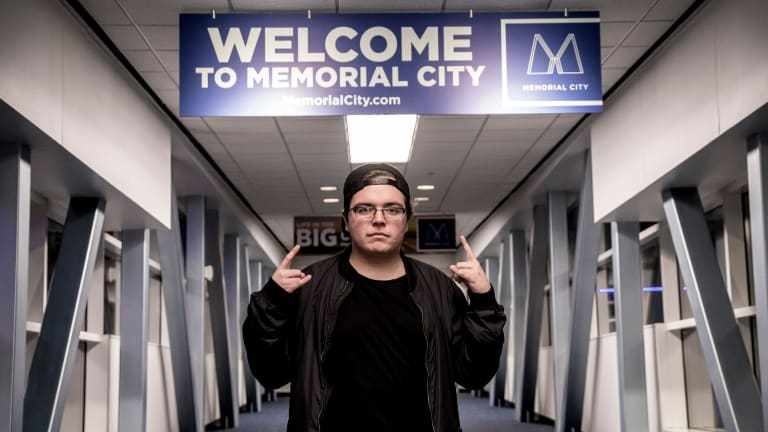 "Ray Volpe Reinvents his 2017 Track, ""Mind Games"""