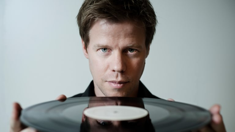 "Ferry Corsten Delivers New Single, ""Freefall"" ft. NEVVE"