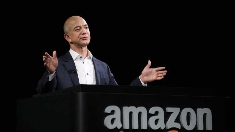 "Jeff Bezos to Congressman Who Asked Why Twitch Doesn't License Music: ""I Don't Know"""