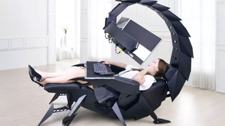 This Scorpion Gaming Chair and Workstation Will Make You Feel Like a Supervillain