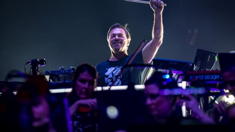 """Pete Tong's """"O Come All Ye Ravers"""" Holiday Show to Be Livestreamed Around the World"""