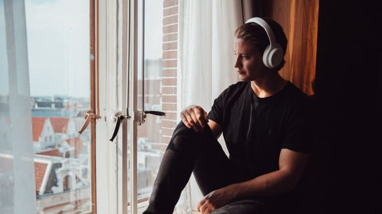 Check Out Kygo's New Noise-Cancelling A11/800 Headphones