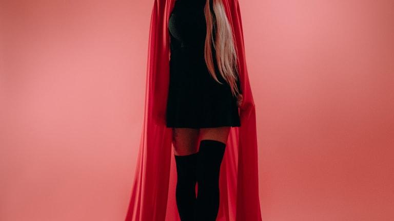 """Mysterious Artist LŪN Drops Fiery Debut Single, """"bitches"""": Listen"""