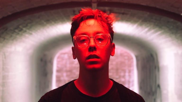 "Ian Munro Shares Genre-Bending ""Solipsism"" EP"