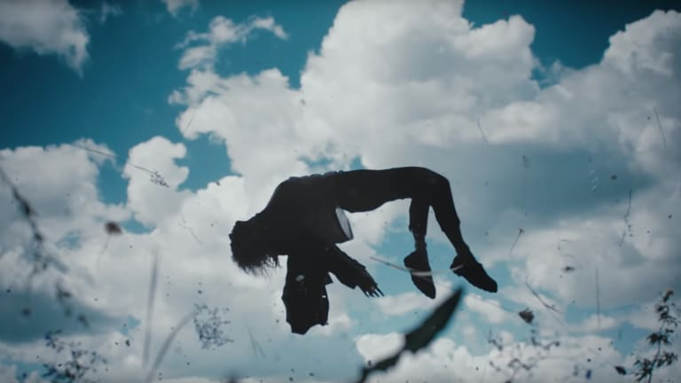 "Porter Robinson Drops Stunning Visuals for ""Something Comforting"""