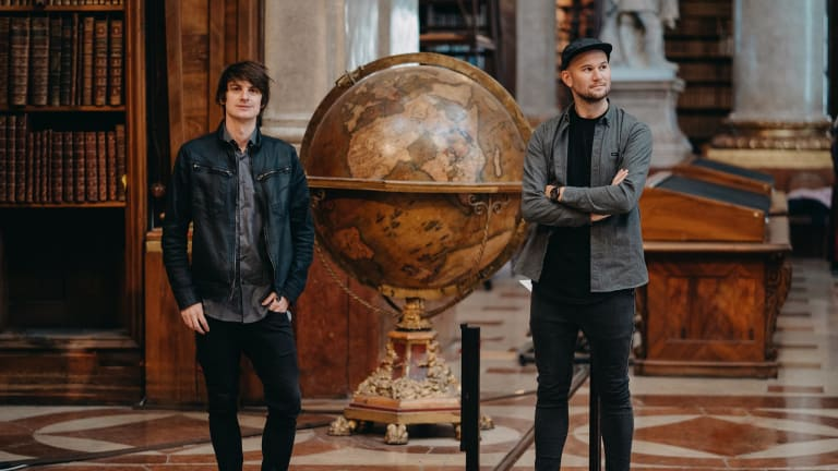 "[WATCH] Camo & Krooked Deliver Stunning Orchestral Rendition of ""Atlas"" at Red Bull Symphonic"