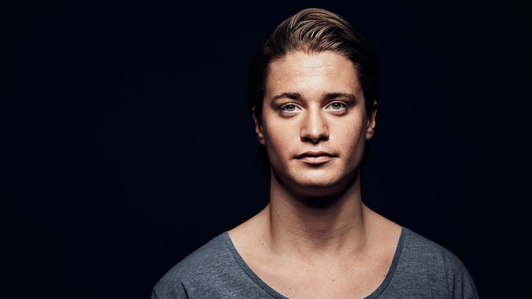 "Kygo Unveils Third Studio Album, ""Golden Hour"""