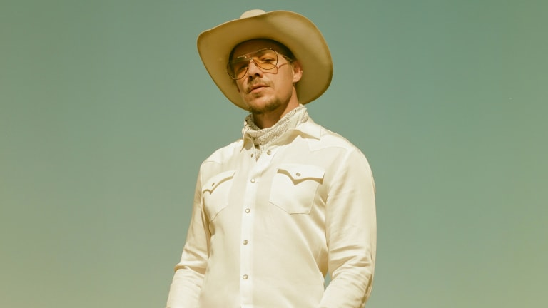 """Diplo Drops Full-Length Country Album """"Diplo Presents Thomas Wesley Chapter 1: Snake Oil"""""""