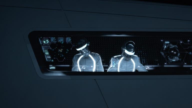 """Tron: Legacy"" Director Suggests Disney Should Release Shelved Daft Punk Music from 2010 Project"