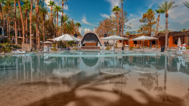 Giveaway: Win a 3-Day Las Vegas VIP Experience at Élia Beach Club With deadmau5, Above & Beyond, More