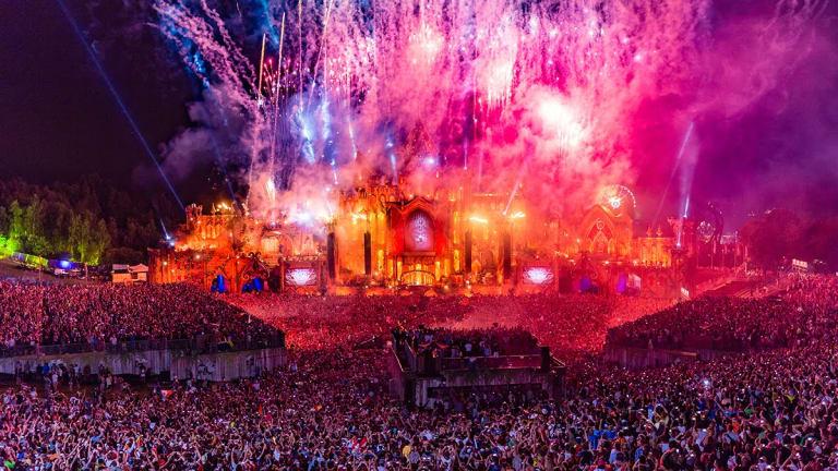 "Belgian Government Signals Return of Tomorrowland, But Will Require ""Corona Passport"""