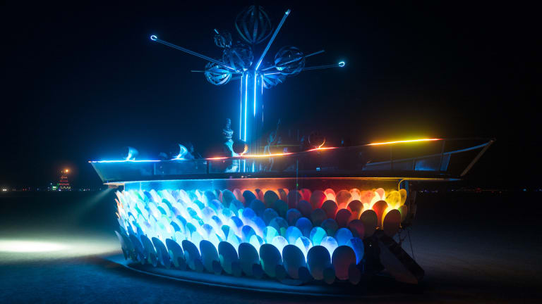"AI-Powered ""Passion Flower"" DJ Art Car Coming to Austin, Texas"