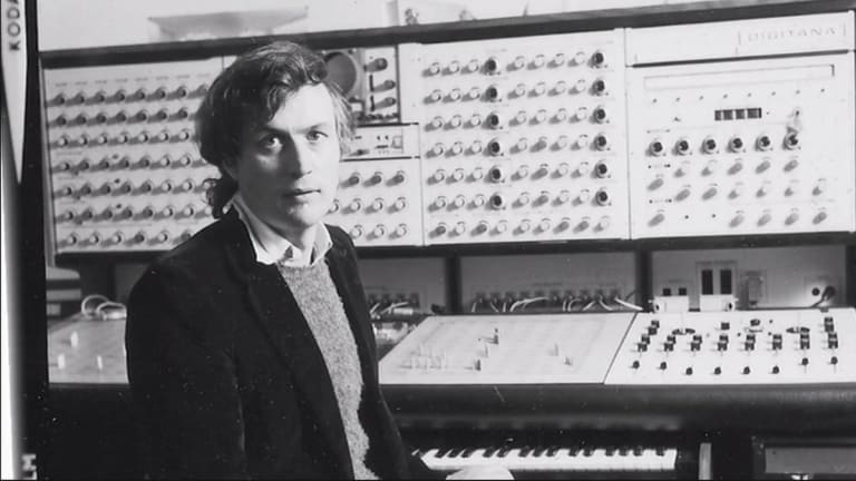Legendary Synth Creator and Composer Peter Zinovieff Dead at 88