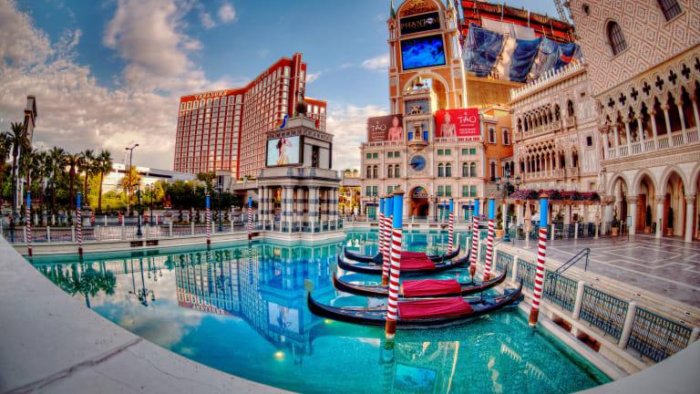 Immediate Future of Las Vegas Nightlife Uncertain After Casinos Reestablish Mask Mandate