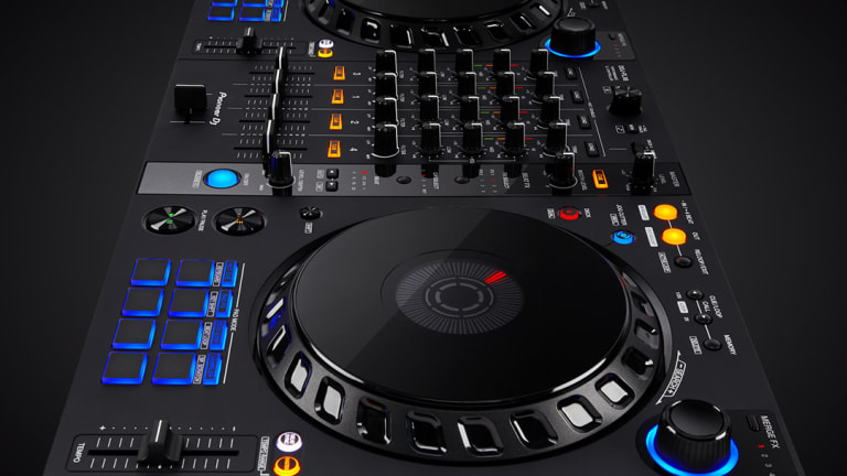 Giveaway: Enter to Win the Highly Customizable DDJ-FLX6 Controller From Pioneer DJ