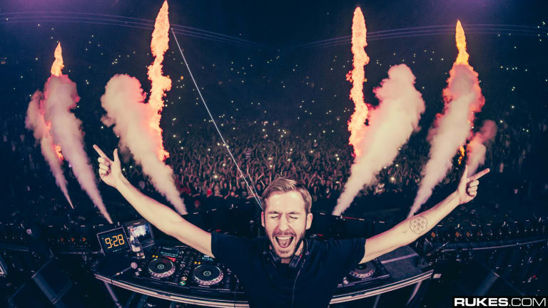 """""""What a Time"""": Calvin Harris Reflects On 10th Anniversary of """"Feel So Close"""""""