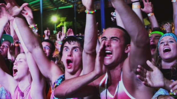 Crowd Photo - Obsessed With Dance Music