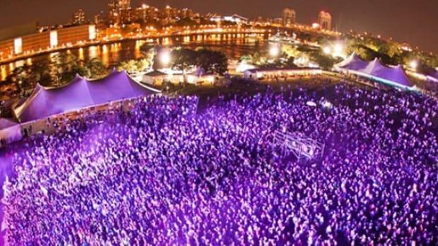 FestivalCrowd