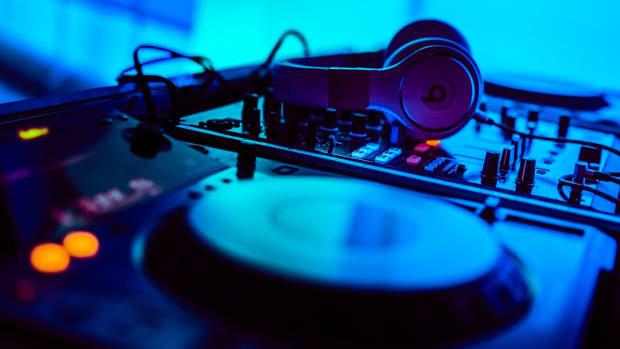Turntable and headphones