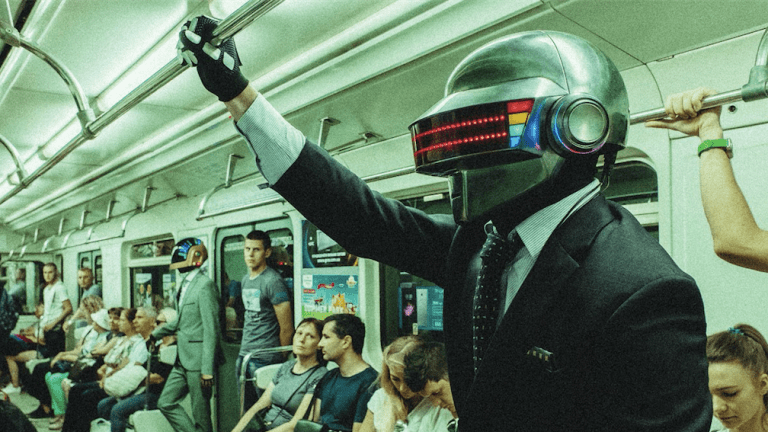 Meet Taft Plunk, a Pair of Ukrainian Daft Punk Impersonators