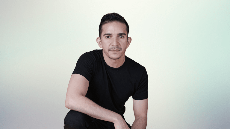 How Cruz is Bridging the Gap Between Electronic and Latin Pop Music